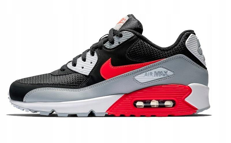 NikeAir Max стирайте с осторожностью