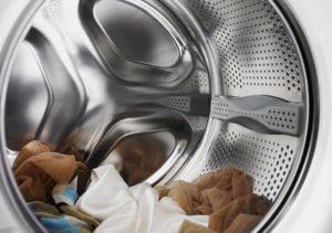 Можно ли постирать капроновые колготки в стиральной машине?