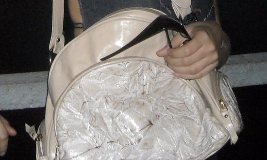 деформация кожаной сумки после стирки