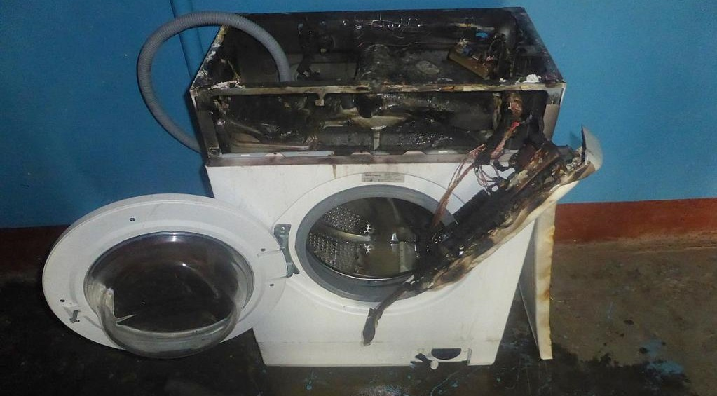 машинка загорелась