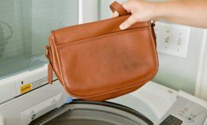 Можно ли постирать кожаную сумку в стиральной машине?