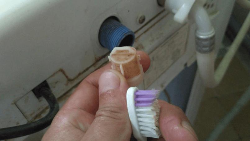 как почистить сеточку-фильтр Канди