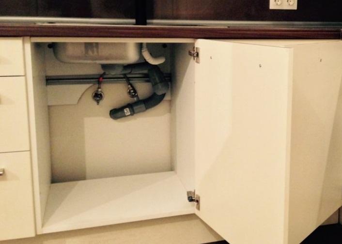 место под стиральную машину ограничено