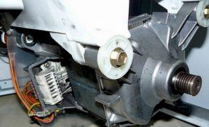 особенности снятия мотора