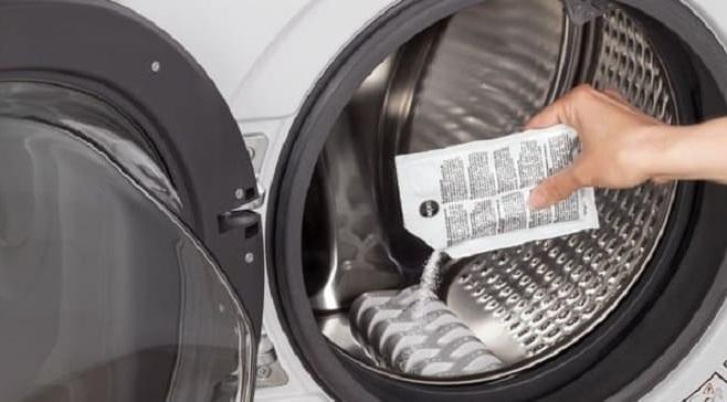 первой стиркой без белья промываем барабан