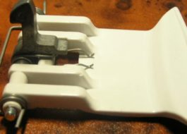 Как поменять ручку люка стиральной машины Занусси?
