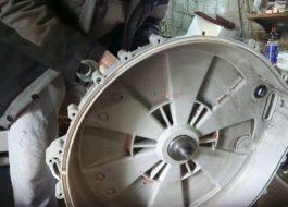 Как снять барабан со стиральной машины Занусси?