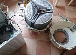 Как снять барабан со стиральной машины Electrolux?