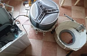 Как снять барабан со стиральной машины Electrolux