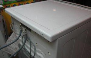 Как снять крышку стиральной машины Electrolux?