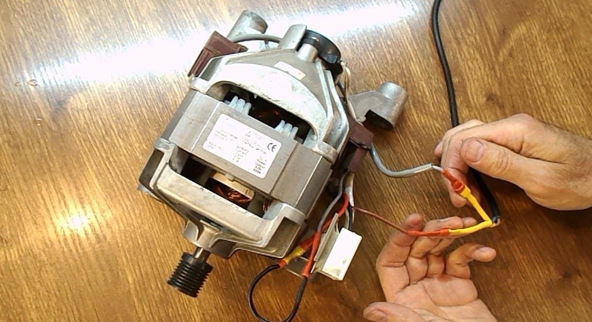 подключаем двигатель к электросети