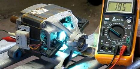 проверяем таходатчик на двигателе мультиметром