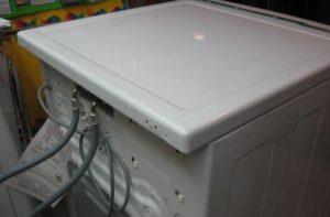Как снять крышку стиральной машины Whirlpool?