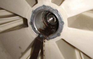Как поменять подшипник в стиральной машине Daewoo?