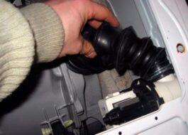 Как поменять патрубок в стиральной машине?