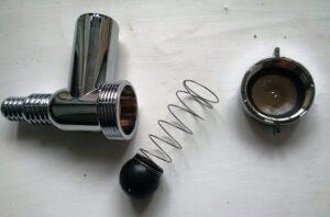 Для чего нужен обратный клапан в стиральной машине