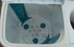 Как снять активатор стиральной машинки полуавтомат?