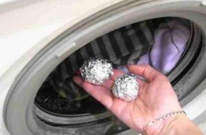 Что будет, если в стиральную машину положить шарики из фольги?