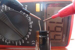 Как проверить конденсатор стиральной машины тестером