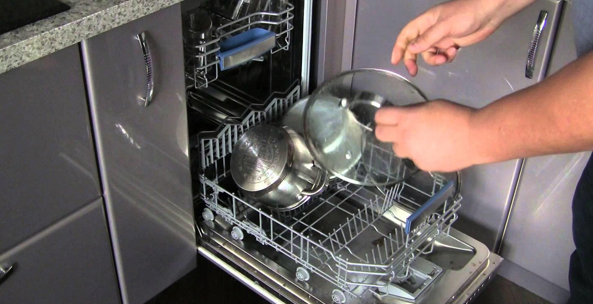раскладываем посуду по корзинам