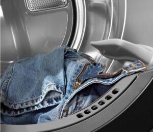 Можно ли сушить джинсы в сушильной машине для белья?