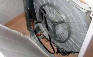 Почему соскакивает ремень на стиральной машине?