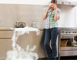 Почему много пены в посудомоечной машине?